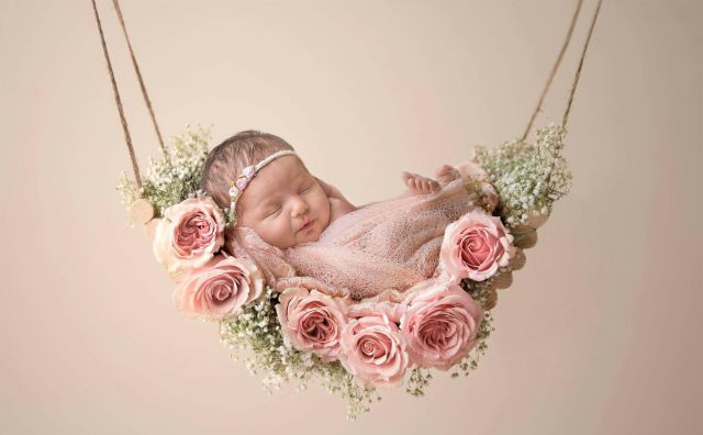 50 Cute Newborn Photos for Baby Girl Ideas 15