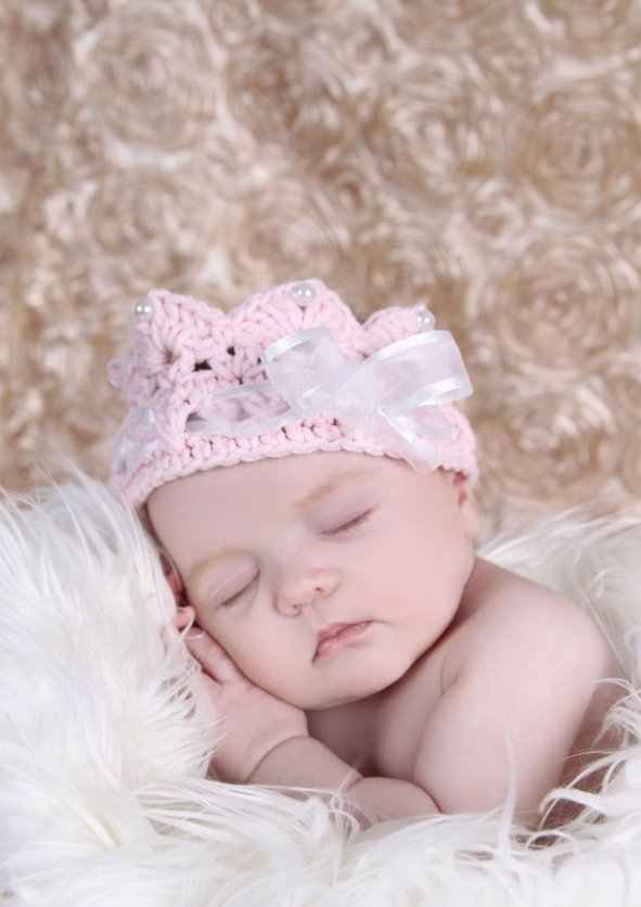 50 Cute Newborn Photos for Baby Girl Ideas 30