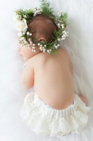 50 Cute Newborn Photos for Baby Girl Ideas 38