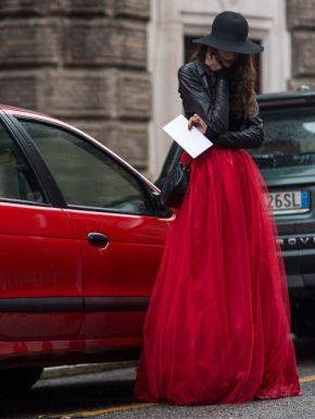 50 Fashionable Red Outfit Ideas 3