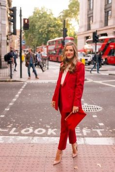 50 Fashionable Red Outfit Ideas 33