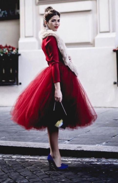 50 Fashionable Red Outfit Ideas 39
