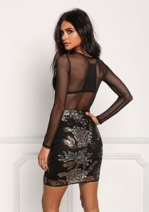50 How to Wear Black Mesh Tops in Style Ideas 22