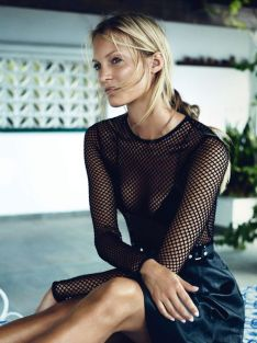 50 How to Wear Black Mesh Tops in Style Ideas 41