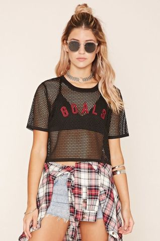 50 How to Wear Black Mesh Tops in Style Ideas 44
