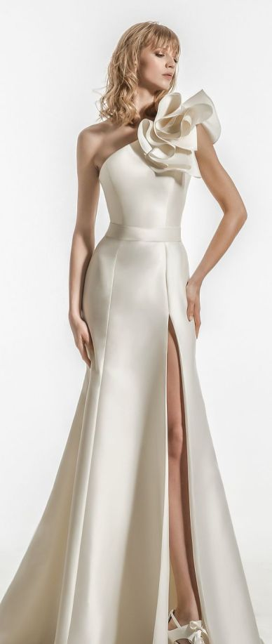 50 One Shoulder Bridal Dresses Ideas 6