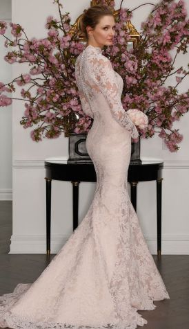 50 Simple Glam Victorian Neck Style Bridal Dresses Ideas 29