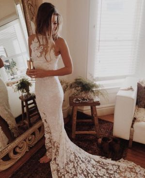 50 Simple Glam Victorian Neck Style Bridal Dresses Ideas 40