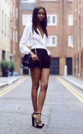 50 Ways to Wear Perfect Black and White in Fashion Ideas 42