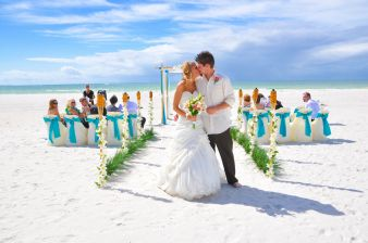 60 Beach Wedding Themed Ideas 48
