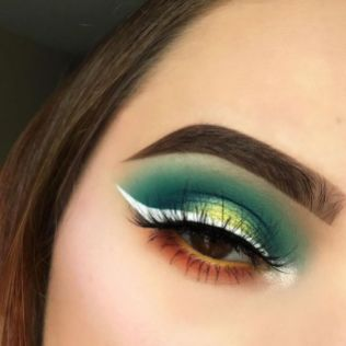 40 Green Eyeshadow Looks Ideas 11
