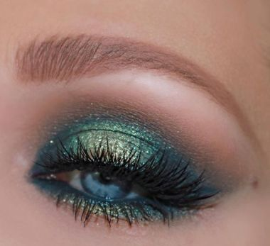 40 Green Eyeshadow Looks Ideas 15