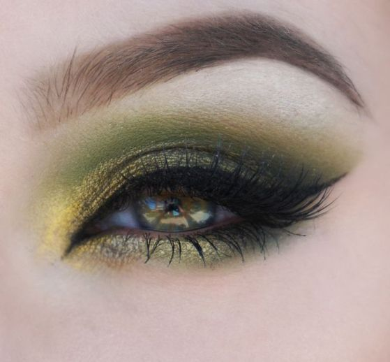 40 Green Eyeshadow Looks Ideas 28