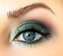 40 Green Eyeshadow Looks Ideas 41