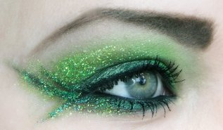 40 Green Eyeshadow Looks Ideas 42