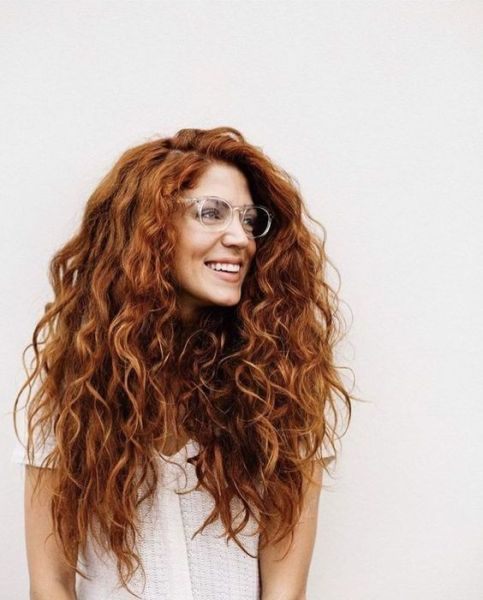 40 Loose Curly Natural Hairstyle Ideas 25