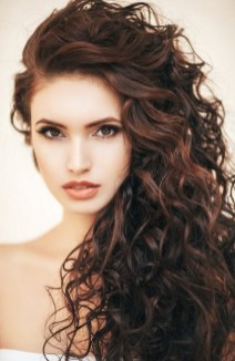 40 Loose Curly Natural Hairstyle Ideas 30