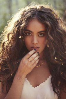 40 Loose Curly Natural Hairstyle Ideas 6