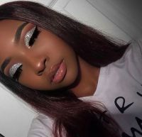 40 Silver Eye Makeup Looks You Need to Try 14