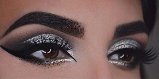 40 Silver Eye Makeup Looks You Need to Try 15