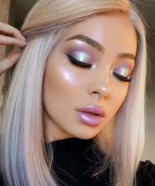 40 Silver Eye Makeup Looks You Need to Try 19