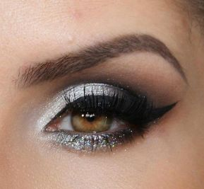 40 Silver Eye Makeup Looks You Need to Try 22