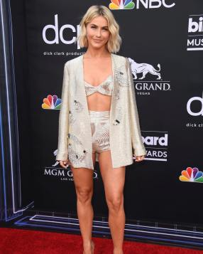 40 The Looks You Need to See From Billboard Music Awards 2019 Red Carpet 15