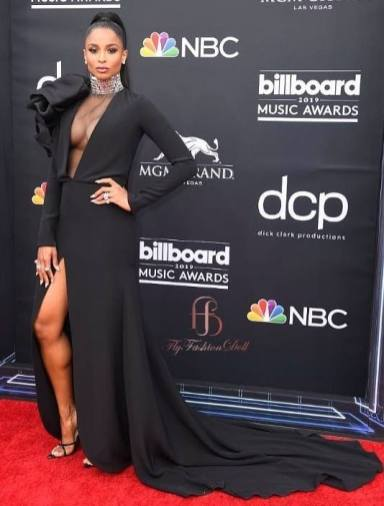 40 The Looks You Need to See From Billboard Music Awards 2019 Red Carpet 17