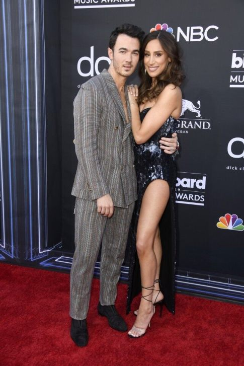 40 The Looks You Need to See From Billboard Music Awards 2019 Red Carpet 18