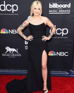 40 The Looks You Need to See From Billboard Music Awards 2019 Red Carpet 8