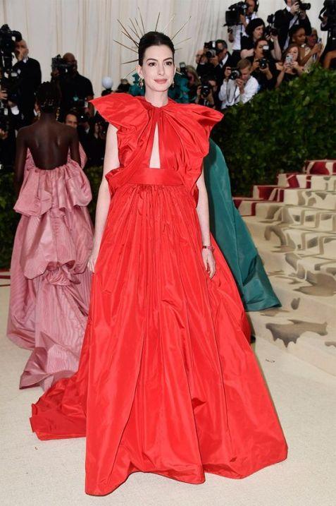 50 Adorable Met Gala Celebrities Fashion 32