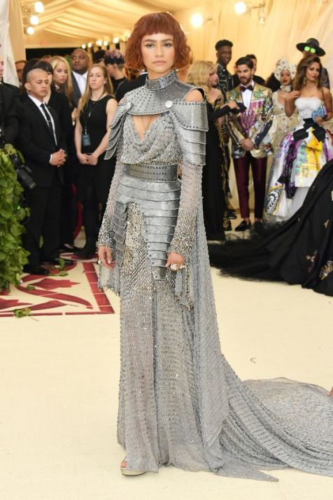 50 Adorable Met Gala Celebrities Fashion 39