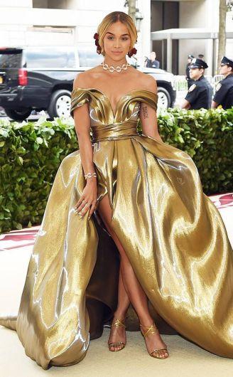 50 Adorable Met Gala Celebrities Fashion 5