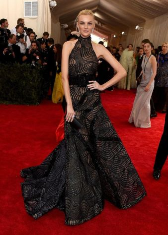50 Adorable Met Gala Celebrities Fashion 7
