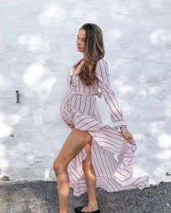 50 Comfy and Stylish Maternity Outfits Street Style Looks 3
