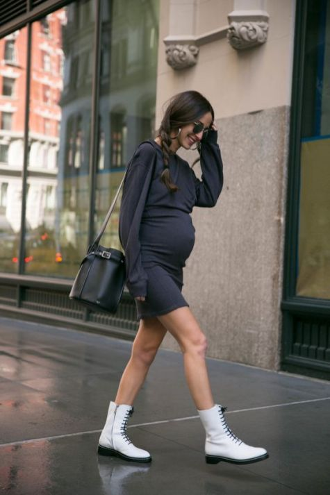 50 Comfy and Stylish Maternity Outfits Street Style Looks 37