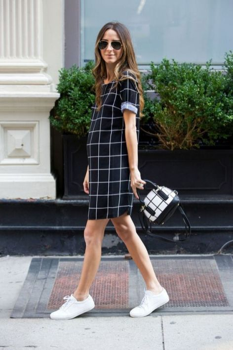 50 Comfy and Stylish Maternity Outfits Street Style Looks 43