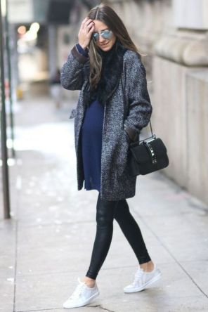 50 Comfy and Stylish Maternity Outfits Street Style Looks 5