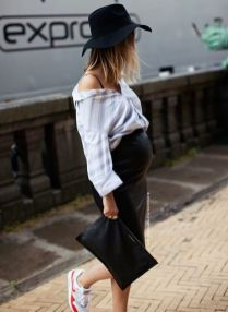 50 Comfy and Stylish Maternity Outfits Street Style Looks 53