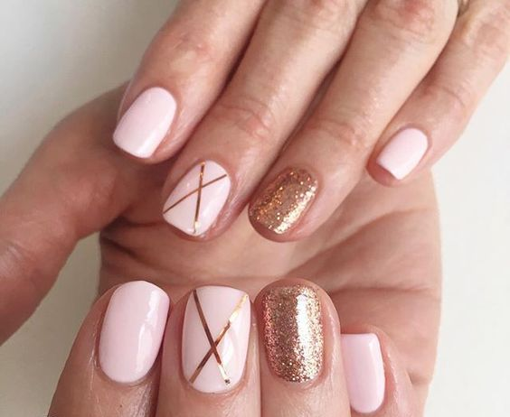 50 Glam Gold Girly Nail Art Looks Ideas 1
