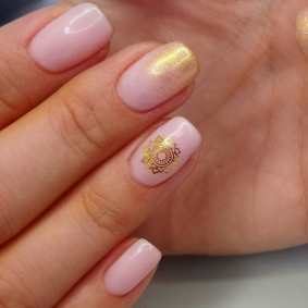 50 Glam Gold Girly Nail Art Looks Ideas 43