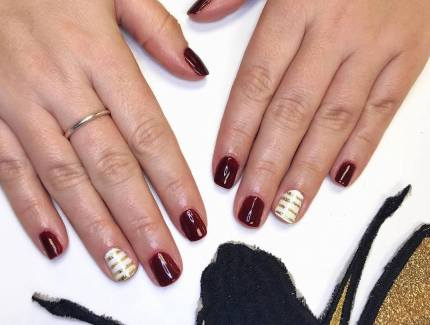 50 Glam Gold Girly Nail Art Looks Ideas 46