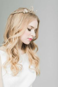 50 Natural Loose Hairstyle Looks for Brides Ideas 18