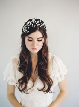 50 Natural Loose Hairstyle Looks for Brides Ideas 44