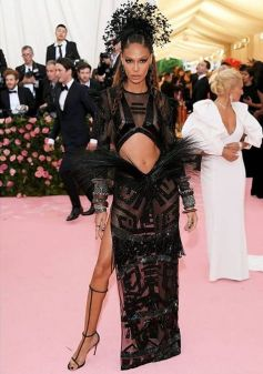 80 The Looks You Need to See From Met Gala 2019 12
