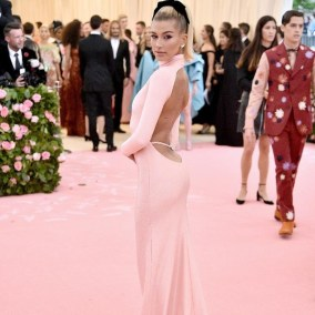 80 The Looks You Need to See From Met Gala 2019 16