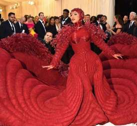 80 The Looks You Need to See From Met Gala 2019 47