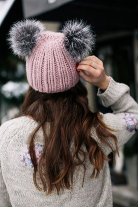 30 Best Warm Winter Hats for Women03