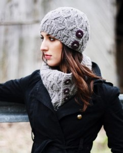 30 Best Warm Winter Hats for Women04