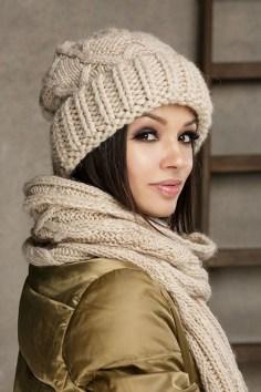 30 Best Warm Winter Hats for Women11